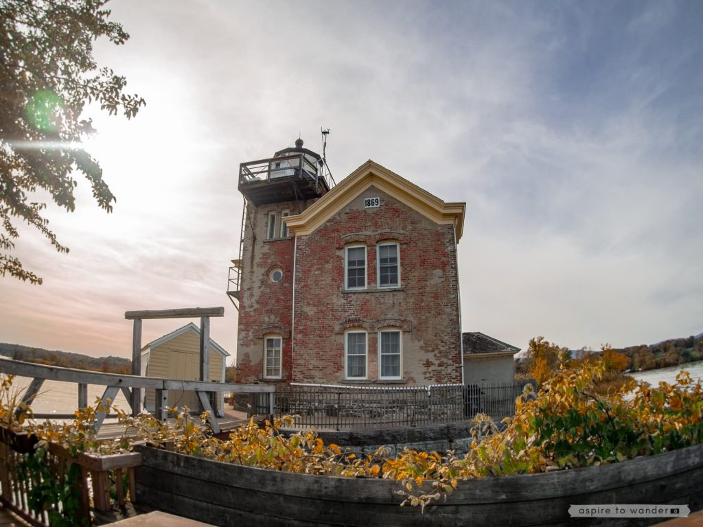 Saugerties Lighthouse | Photo by Kristina Quinones aka Aspire to Wander